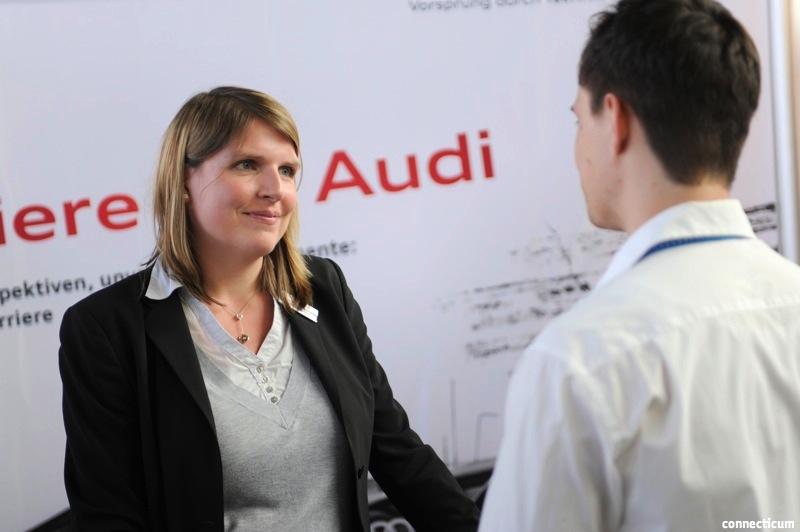 Messestand von Audi auf der connecticum Jobmesse