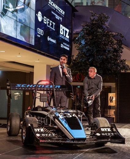 Erfolgreiche-Partnerschaft-BFFT-und-Schanzer-Racing-Electric-feiern-Top-Platzierung-am-Hockenheimring