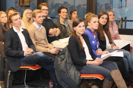 Karrierekick-Ausland-Nach-dem-Studium-in-die-weite-Welt