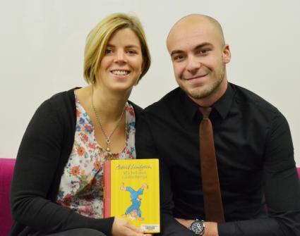Vorlesetag-2014-AOK-Auszubildende-beteiligen-sich-morgen-erstmals-bundesweit-Lesekompetenz-von-Kindern-durch-Vorlesen-foerdern