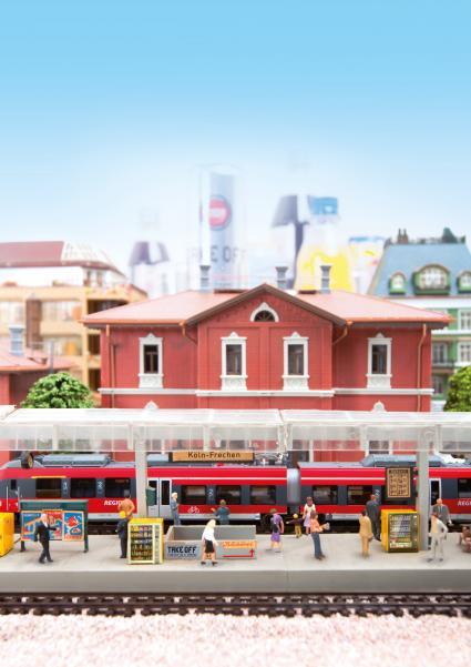 Pendler-arbeiten-ungern-unterwegs-neue-Studie-zu-Mobilitaetsverhalten-und-Konsumgewohnheiten-der-Deutschen