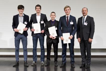 Santander-verlaengert-Stipendien-an-der-Universitaet-Heidelberg