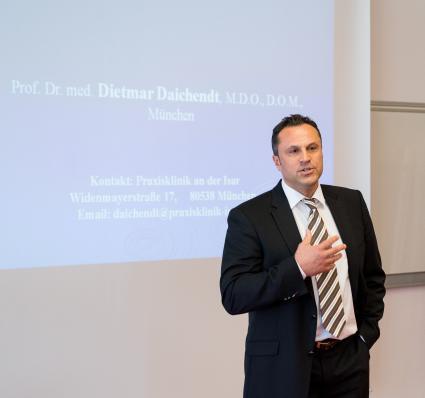 Erstmalig-in-Deutschland-wird-eine-Professur-fuer-Osteopathische-Medizin-eingerichtet