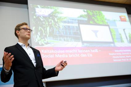 Hasso-Plattners-Studenten-verschaffen-mit-neuer-Unternehmenssoftware-der-Wirtschaft-Wettbewerbsvorteile