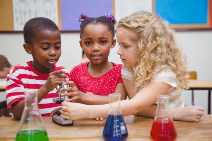 Experimente-Forschen-an-Grundschulen-den-GANZenTAG