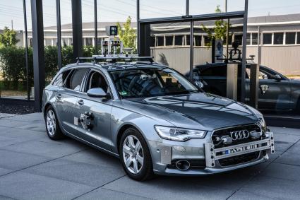 Pruefstand-auf-vier-Raedern-BFFT-baut-zwei-Audi-A6-fuer-TU-Braunschweig-um