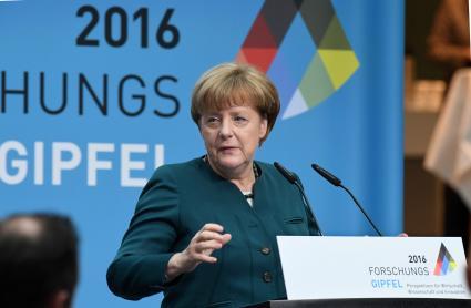 Merkel-beim-Forschungsgipfel-zur-Digitalisierung-Die-Schlacht-ist-noch-nicht-geschlagen