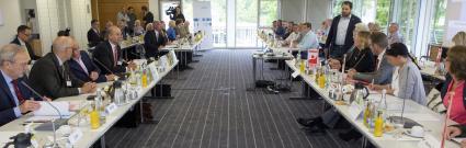 Chemie-Tarifrunde-2016-Baden-Wuerttemberg-Verhandlung-vertagt-Arbeitgeber-Nur-eine-moderate-Entgelterhoehung-sichert-Wettbewerbsfaehigkeit