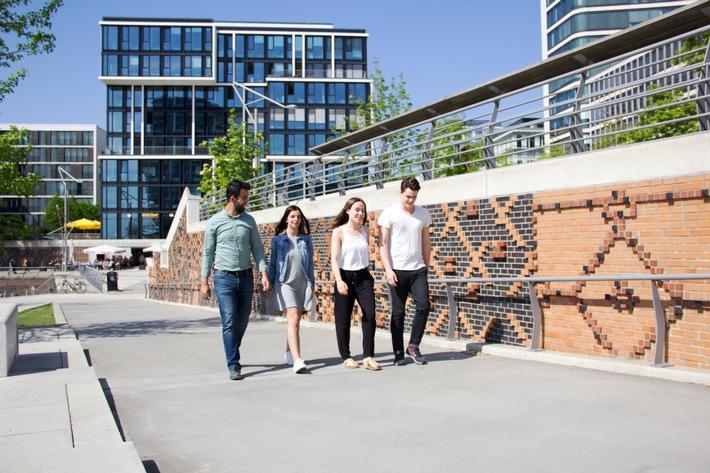Hochschule-gewaehrt-Einblicke-hinter-die-Kulissen-Offener-Campustag-an-der-MSH-Medical-School-Hamburg