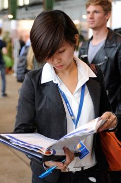 Der connecticum Messeplaner mit allen Unternehmen und TimeTables für Vorträge und Events