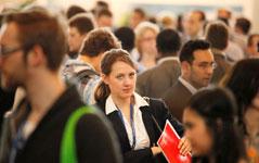 Für den Jobeinstieg ist ein Karriereevent sehr hilfreich