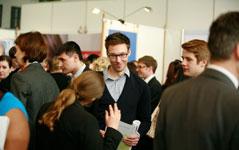 Praktikanten gesucht - Mitarbeiter gefunden auf Jobmessen in Berlin